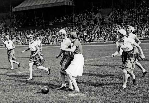 damfotboll_stockholm_1928_jippomatch_barnens_dag-QelAw7zwpRVxsaMLAEFhLw