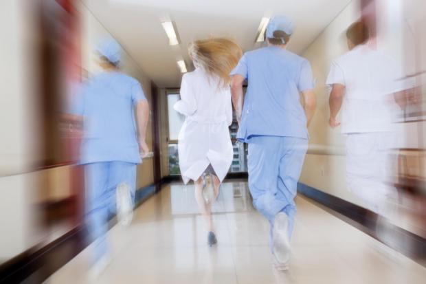 3712303-sjukvård